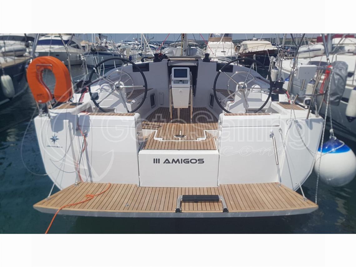 3 Amigos Sun Odyssey 449