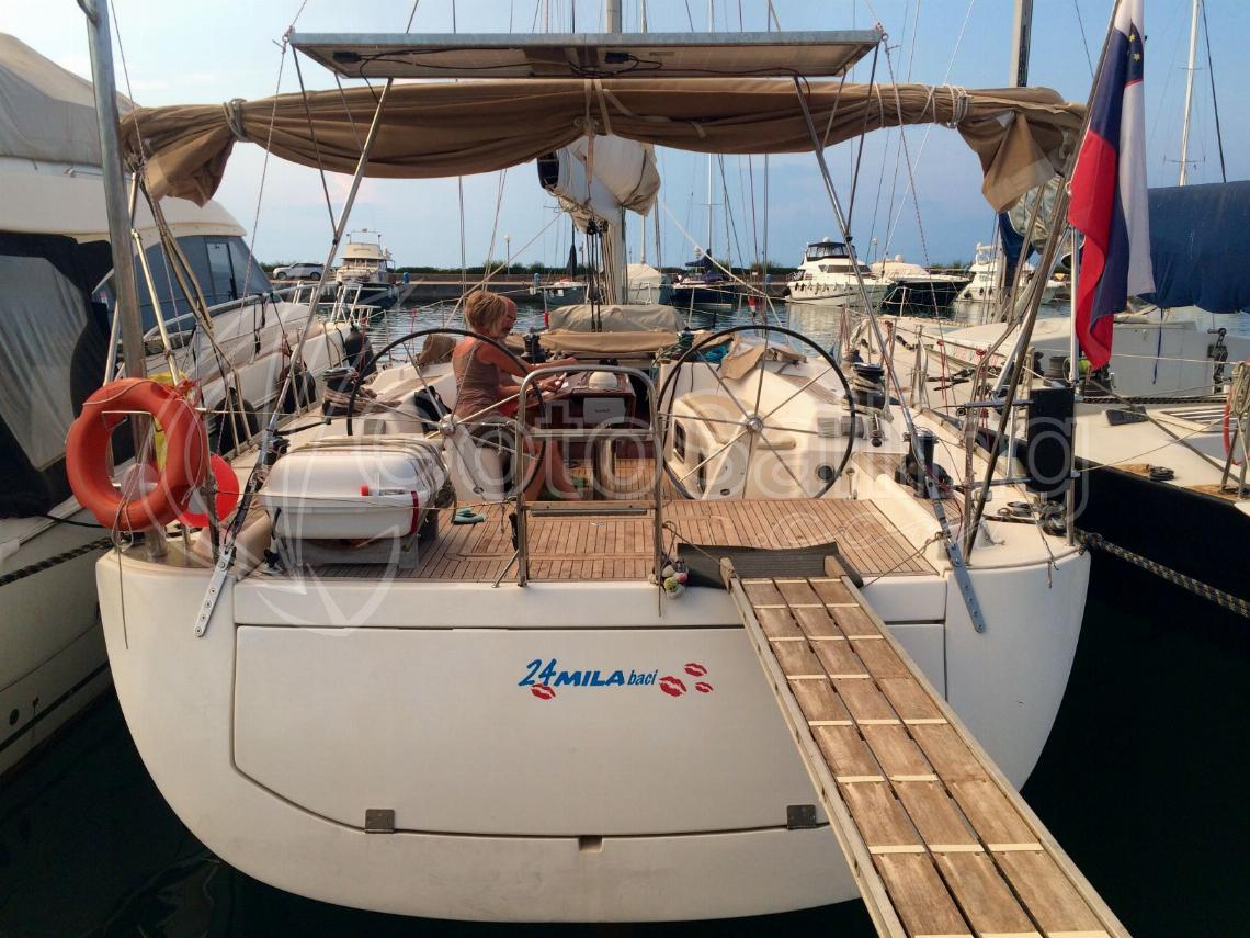 24MILABACI - WITH SKIPPER Dufour 525 GL