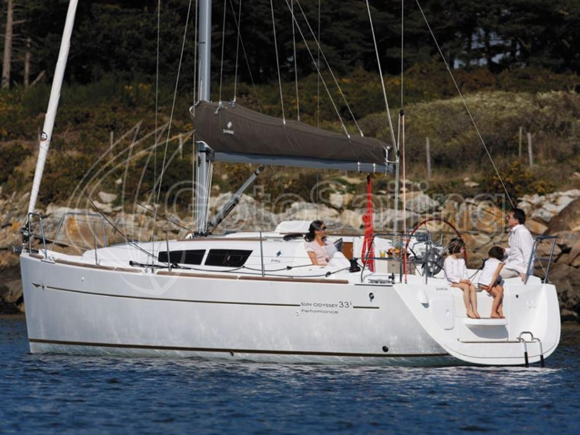 ath33i01 Sun Odyssey 33i