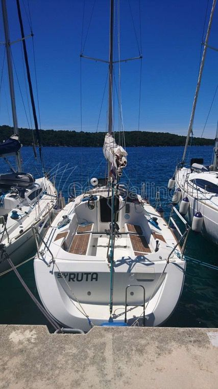Ruta First 31.7